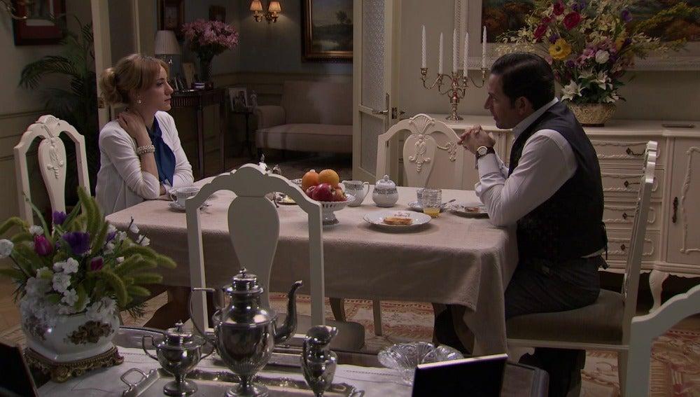 Valeria quiere recuperar la confianza de Augusto