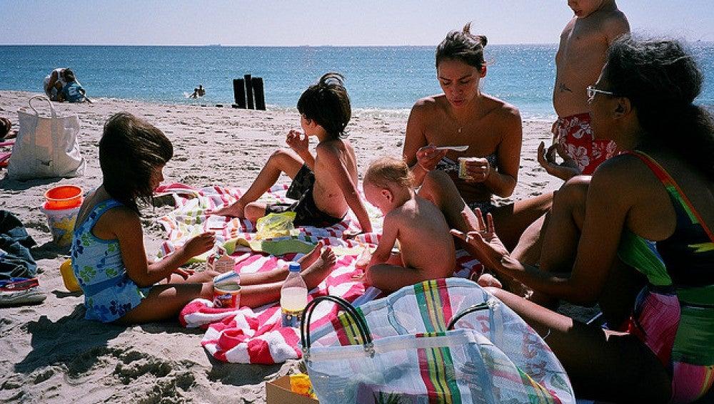 Montar un picnic exitoso en la playa, ¿misión imposible?