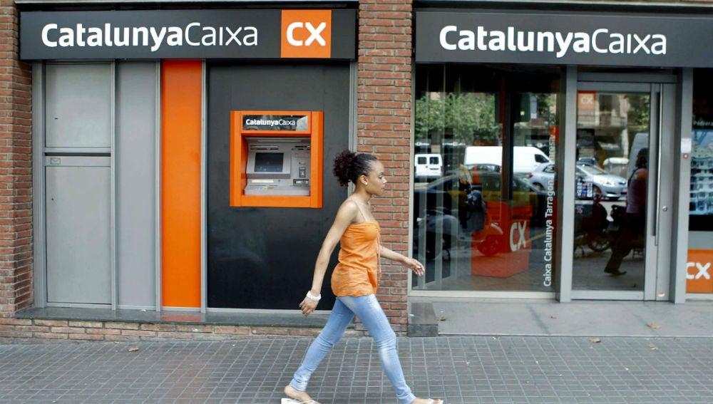 Una sucursal de Cataluya Caixa, marca comercial de Catalunya Banc, en Barcelona