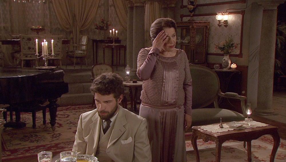 Francisca se entera de la boda