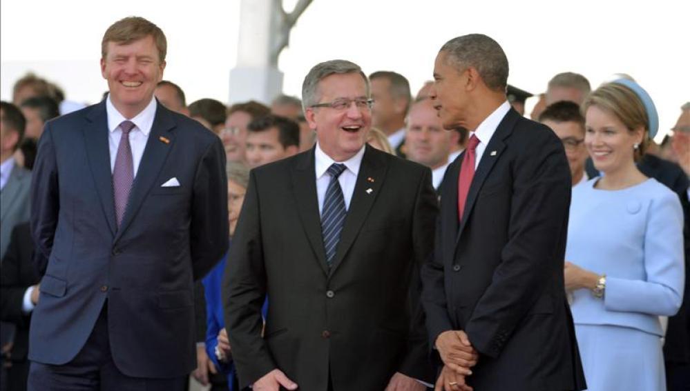 El presidente polaco Komorowski, con Obama y el rey Guillermo de Holanda