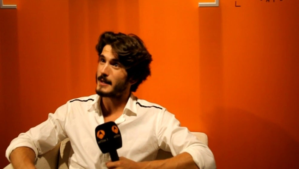 Antena 3 tv yon gonz lez bajo sopecha trata sobre una for Blanca romero velvet