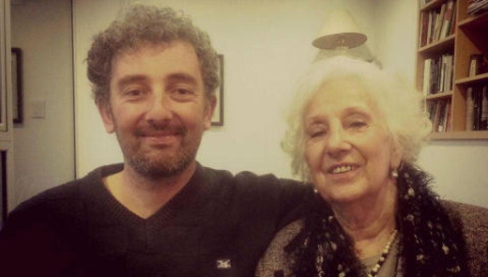 Nieto y abuela se reencuentran después de 30 años