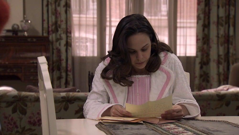 Pilar descubre el sufrimiento de su madre