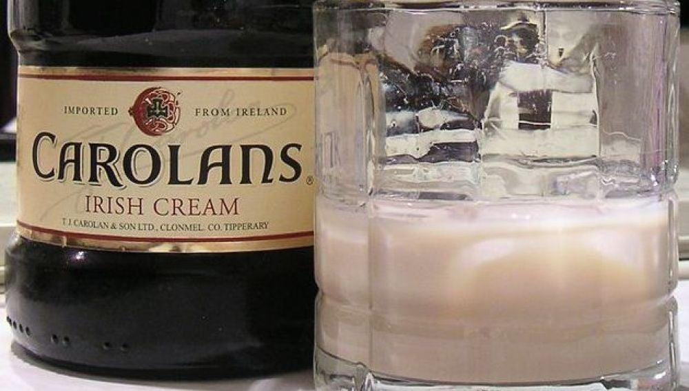 La leyenda urbana de la crema de whisky y el refresco que te aterrorizó... es falsa.