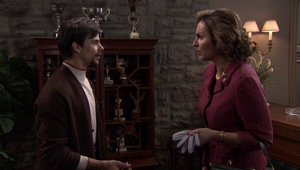 Juana quiere que Ismael estudie derecho