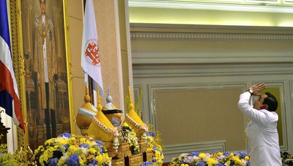 Investidura del primer ministro de Tailandia, Prayuth Chan-ocha