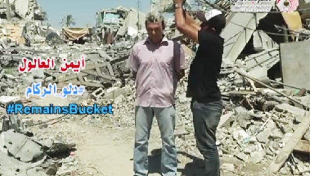 Tirando cubos de escombros