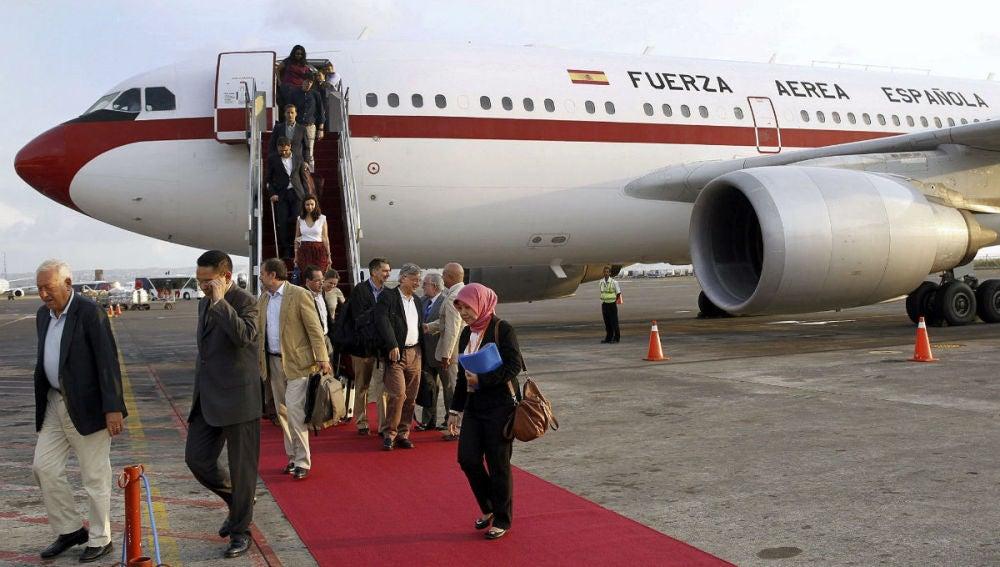 El Airbus en el que viaja Margallo vuelve a abortar un despegue
