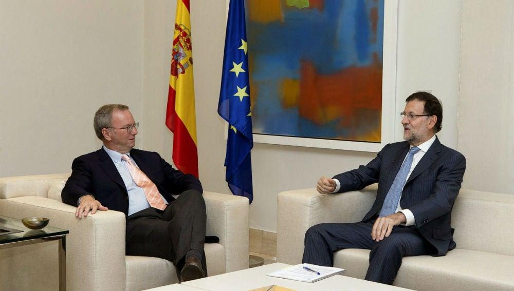 Mariano Rajoy y el presidente ejecutivo de Google, Eric Schmidt