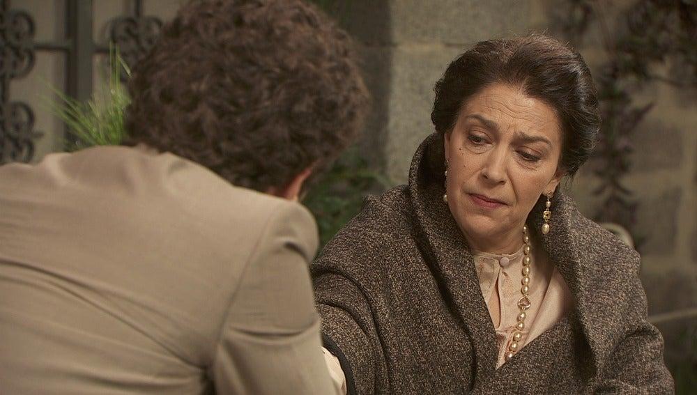 Francisca le pide a Bosco que cuide al servicio