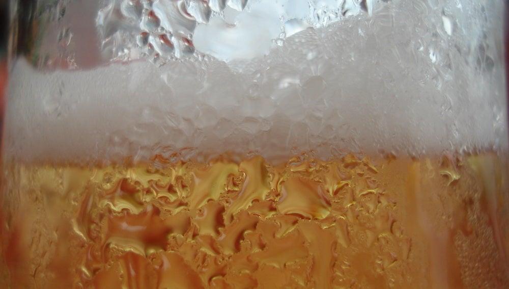 Qué rica la cervecita artesana que uno hace en casa.