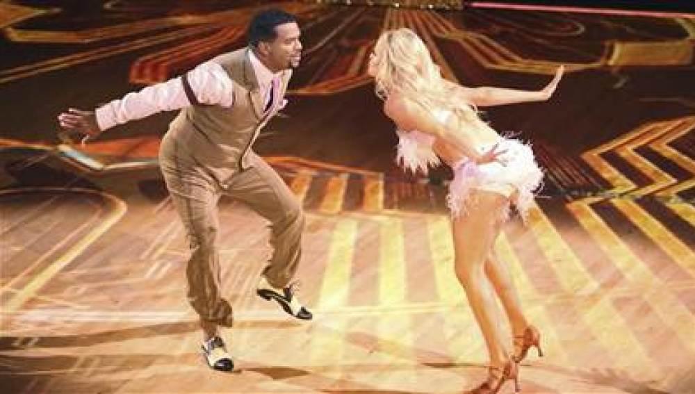 Carlton de 'El Príncipe de Bel-Air' sorprende en la pista de baile