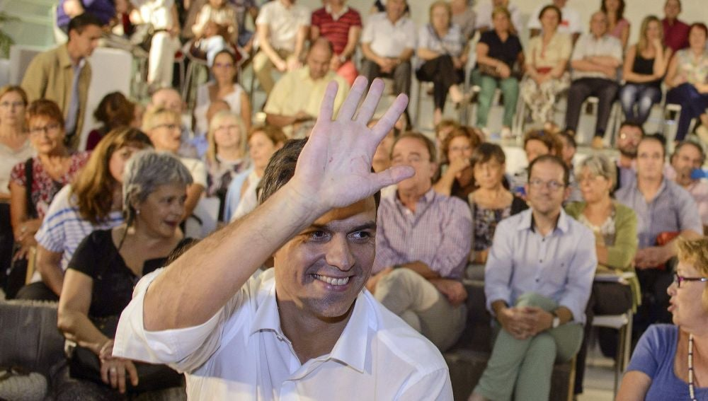 Pedro Sánchez, en la asamblea abierta celebrada en Zaragoza