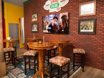 Escenario Friends Central Perk 1