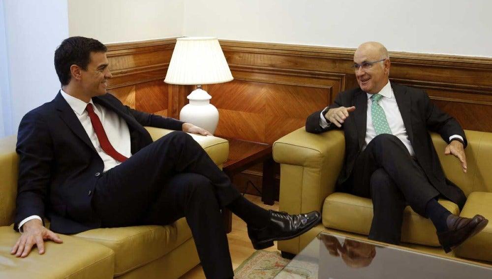 Pedro Sánchez con Duran Lleida