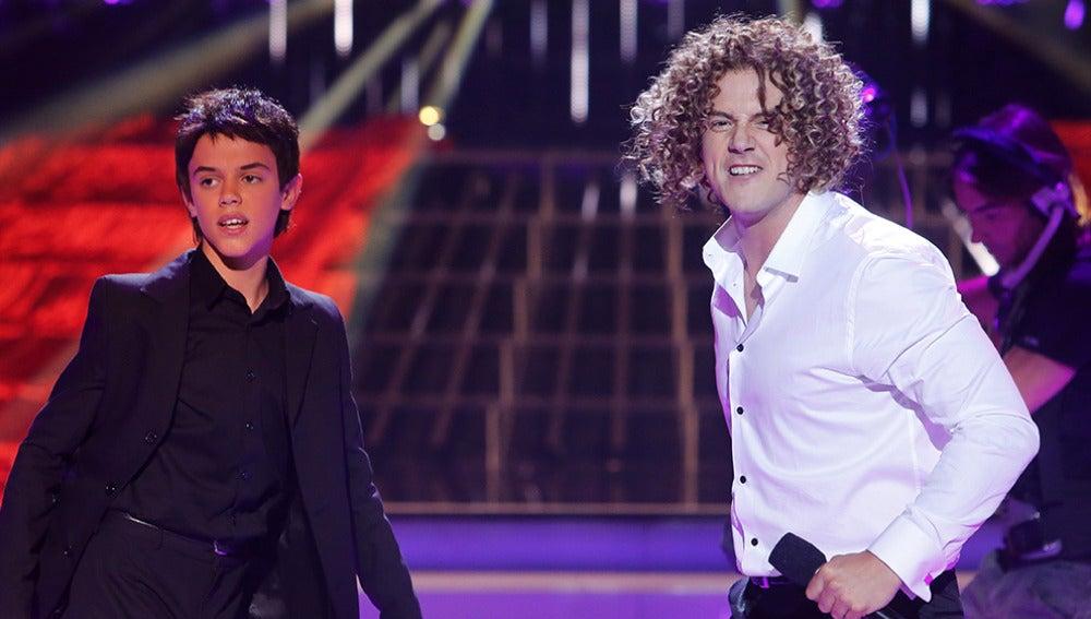 Daniel Diges y José Luis imitan a David Bisbal y Luis Fonsi en Tu cara me suena Mini