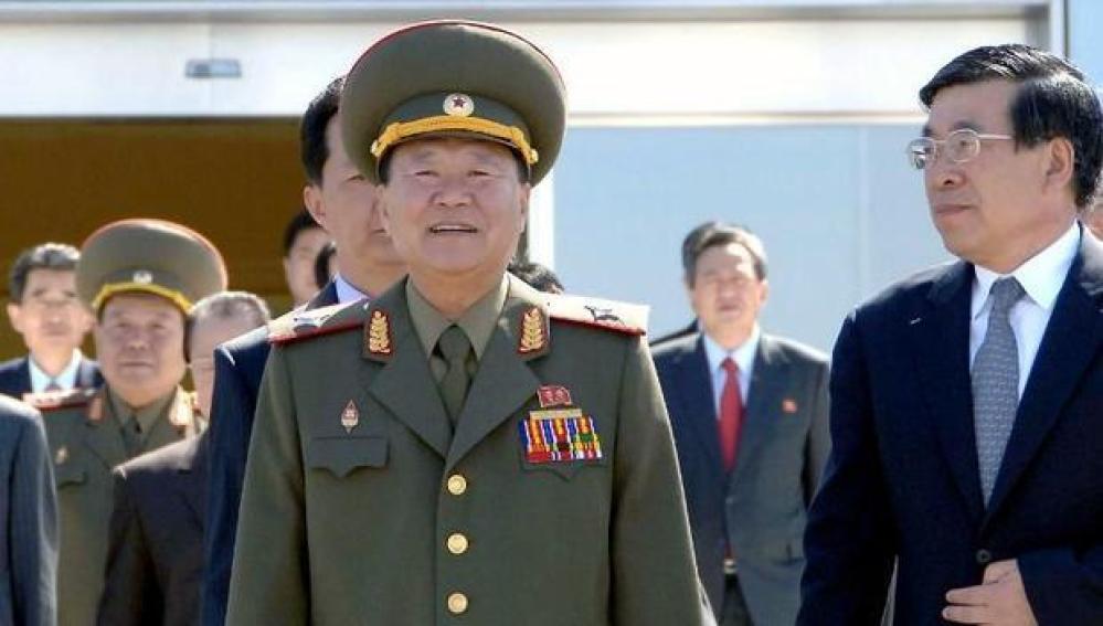 El número dos norcoreano Hwang Pyong So.