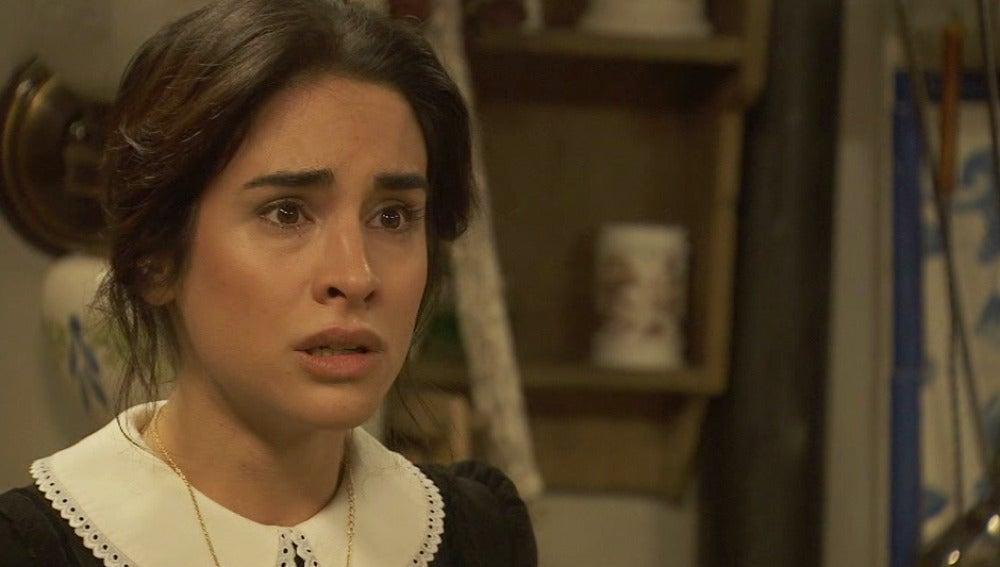 Bosco escucha las acusaciones de Plácido a Inés sobre su pasado