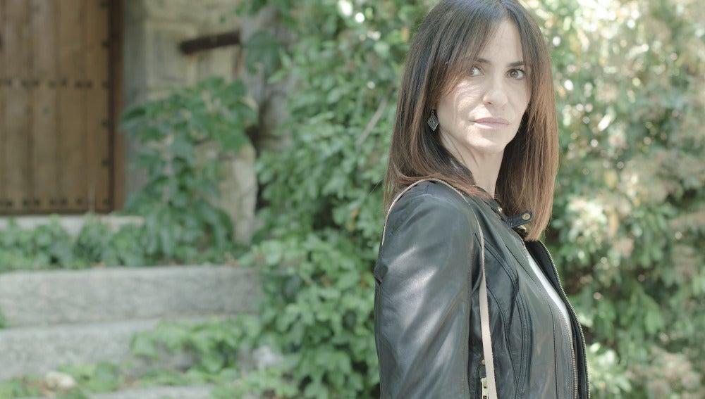 Melani Olivares es Inés