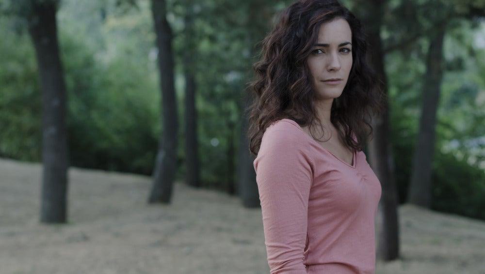 María Cotiello es Begoña