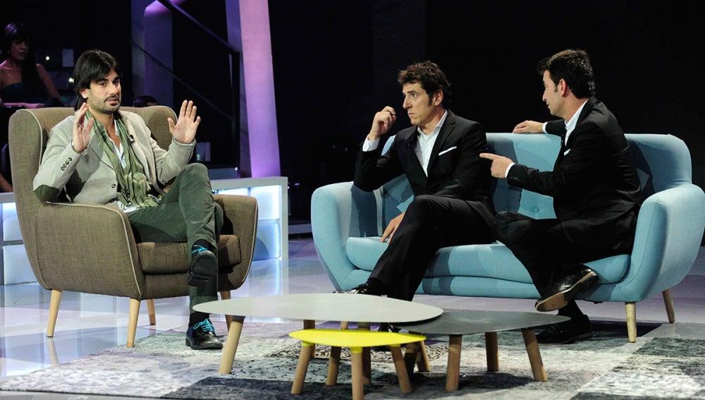 Arturo Valls y Manel Fuentes entrevistan a Melendi