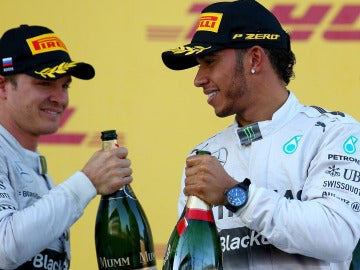 Hamilton y Rosberg, en el podio