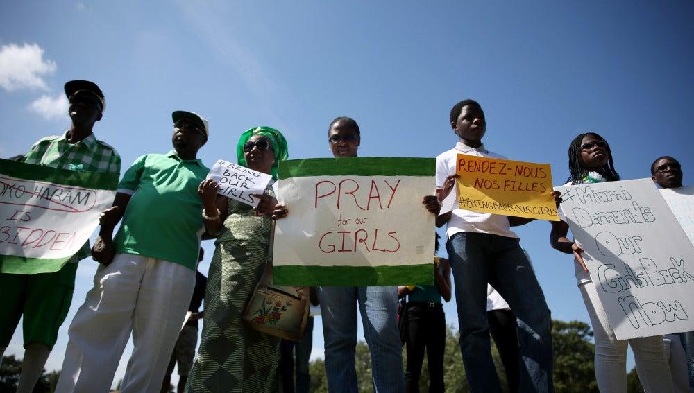 Varias manifestaciones han pedido la liberación de las niñas secuestradas por Boko Haram