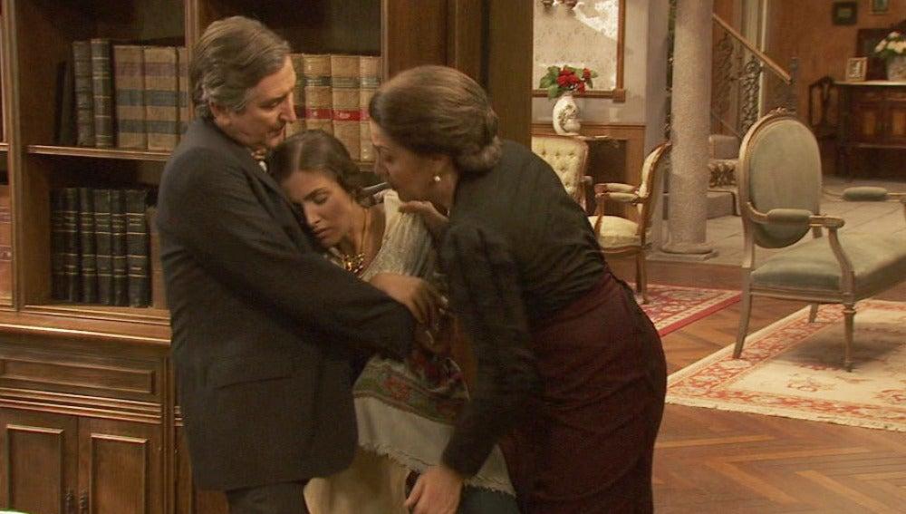 Amalia se desmaya y Bosco acude a ayudarle