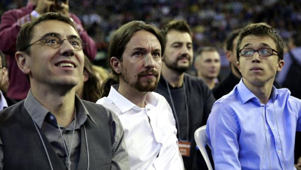 """Pablo Iglesias pide en la Asamblea que no le aplaudan: """"Soy sólo un militante, no un macho alfa"""""""