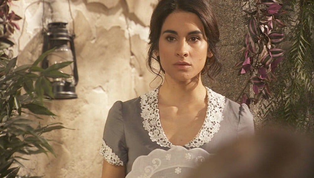 Inés escucha una intima conversación entre Bosco y Amalia