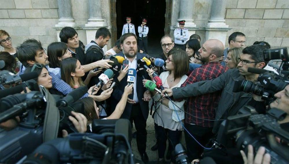 Oriol Junqueras a la salida de su reunión con Mas.
