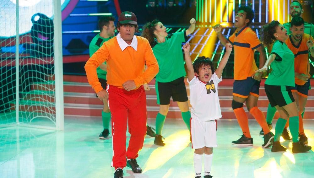 Miki Nadal y Fran imitan a Oliver y Benji en Tu cara me suena Mini