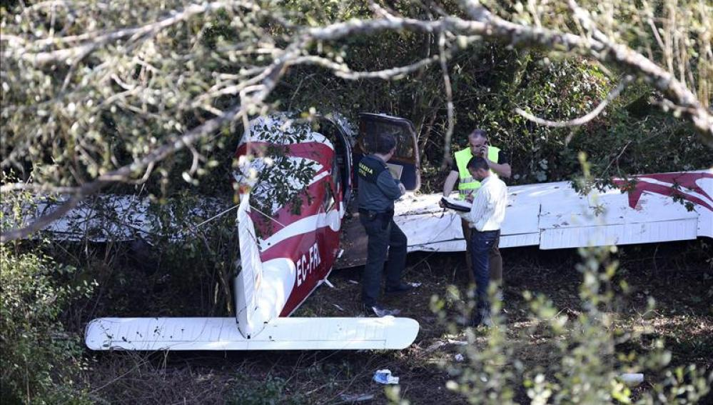 Cuatro heridos en intento de aterrizaje de emergencia de una avioneta en AP-9