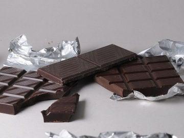 Chocolate negro, ven a mí y alarga mi vida.