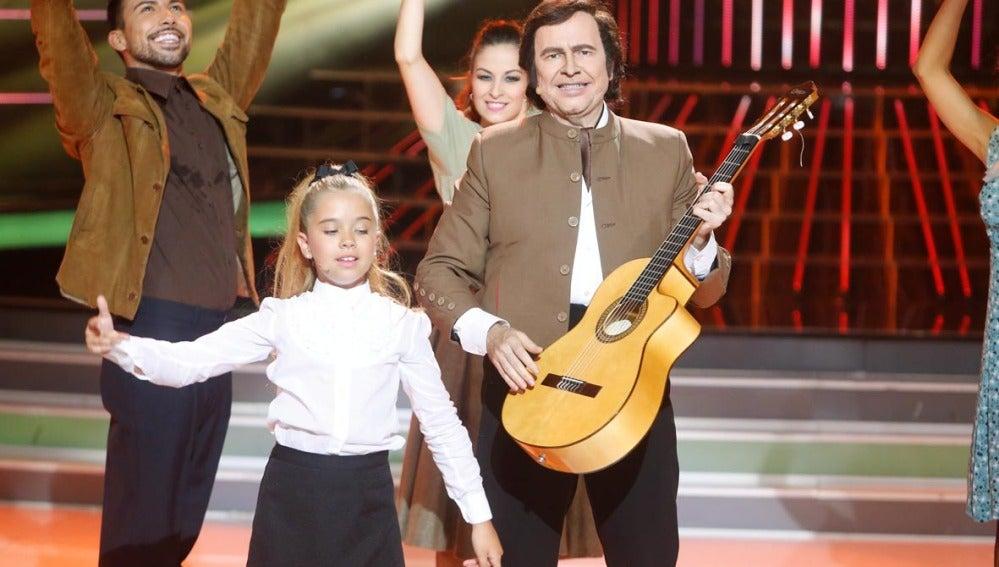 Santiago Segura y Julia imitan a Peret y Marisol en Tu cara me suena Mini