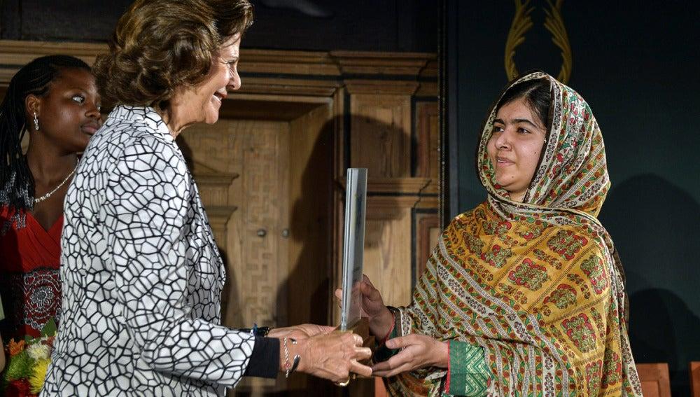 Malala recibe el Premio de los Niños del Mundo