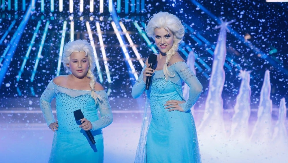 Roko y Carla imitan a Elsa de Frozen en Tu cara me suena Mini