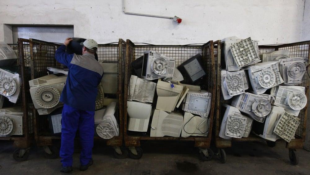 Ordenadores usados en una planta de basura en Alemania