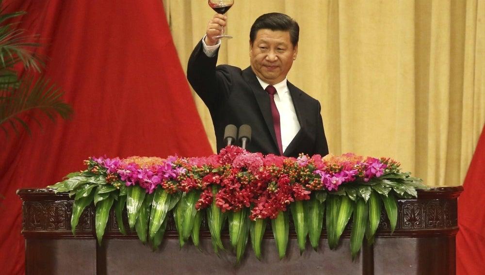 """Xi Jinping pide """"rectitud"""" al Ejército"""