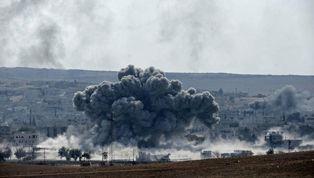Mueren más de un centenar de yihadistas en Kobani