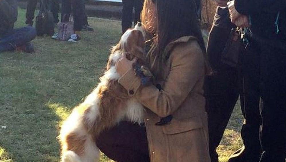 La enfermera que superó el ébola en Dallas se reencuentra con su perro