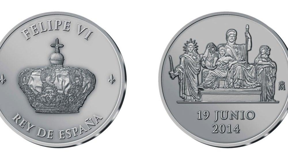 Medalla oficial acuñada en plata de ley que conmemorará la proclamación de Felipe VI