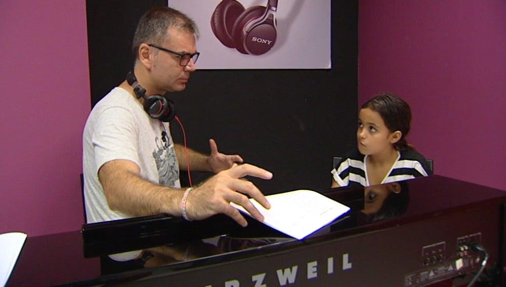 Las 'molestias' de convertirse en Amy Winehouse en Tu cara me suena Mini