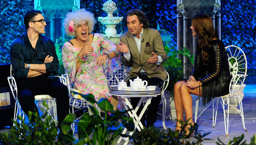 Miguel Ángel SIlvestre y Paula Echevarría visitan a Los Duques de Alba