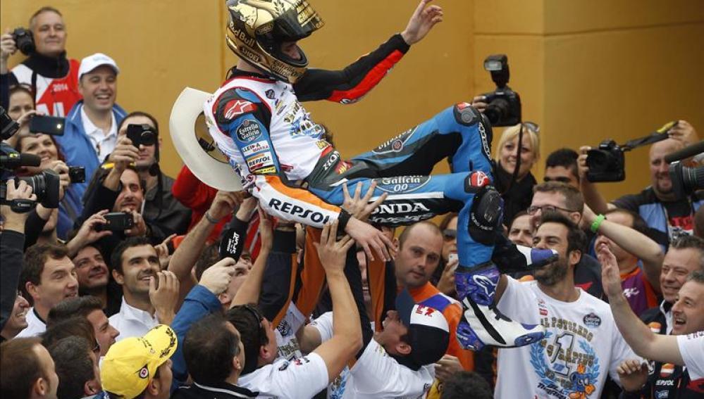 Alex Márquez se alza con el Campeonato del Mundo de Moto 3