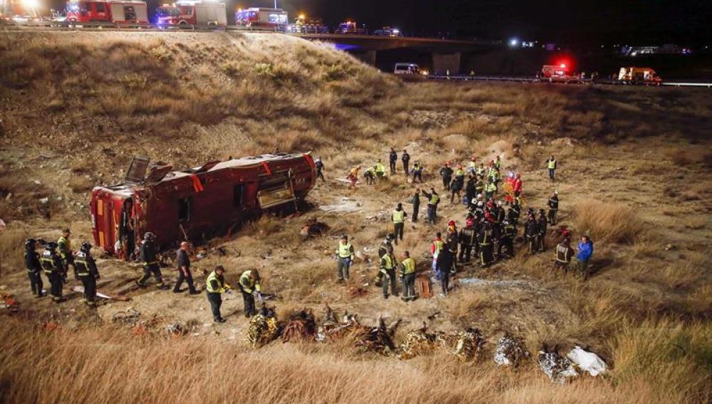 Escenario del accidente de autobús en Cieza (Murcia).