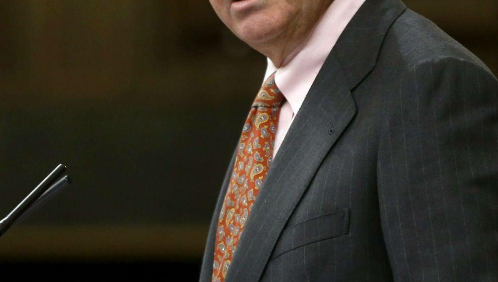 Luis de Guindos, durante su intervención en el pleno del Congreso