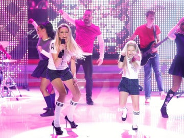 Anna Simon y Nayra imitan a Abril Lavigne en Tu cara me suena Mini