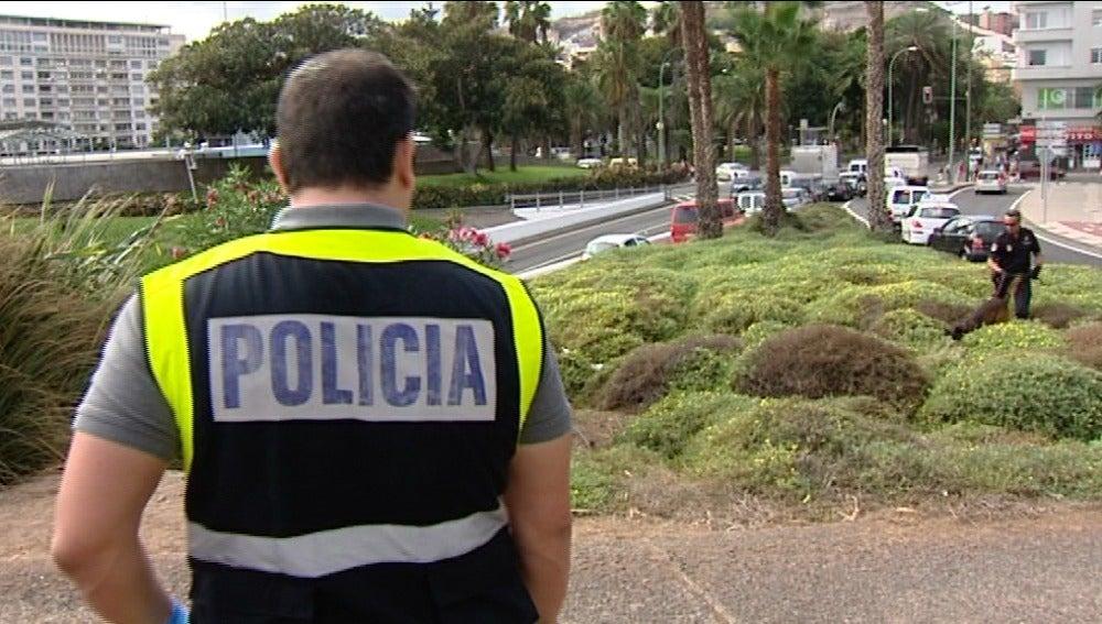 Vuelca su coche y permanece en estado crítico 14 horas sin ser atendido en Las Palmas